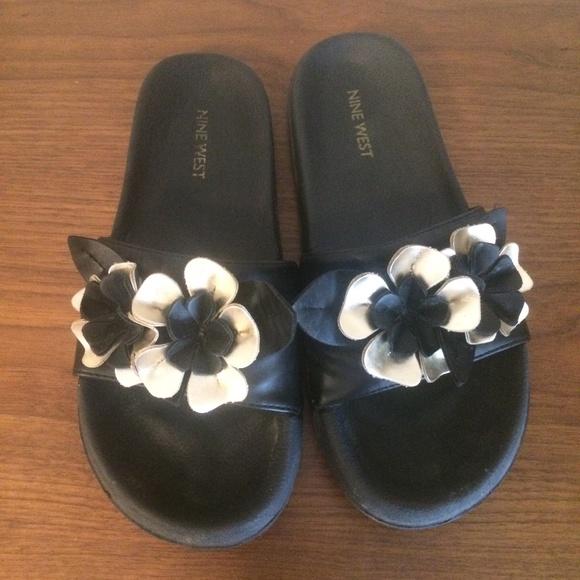 3/$20 Nine West black gold flower slip on sandals